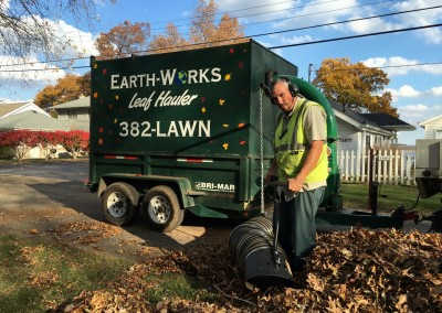 Leaf Vac Earth Works (1)